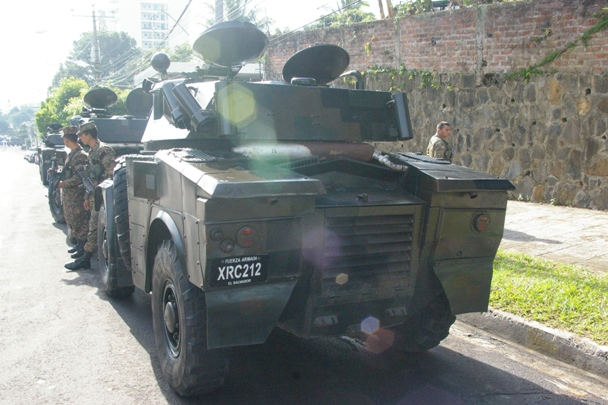 Forces armees du Salvador/Armed Forces of El Salvador 5239