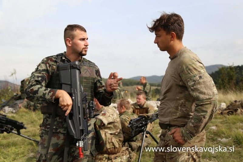 Slovenian Armed Forces / Slovenska vojska - Page 2 6124