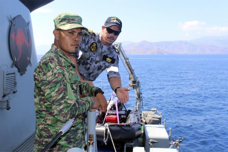 Force de défense du Timor oriental /  The East Timor defence force  616