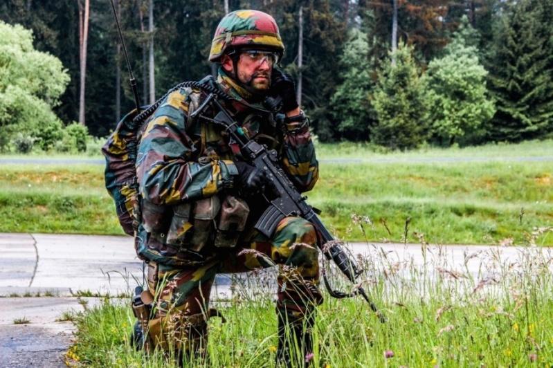Armée Belge / Defensie van België / Belgian Army  - Page 37 6186