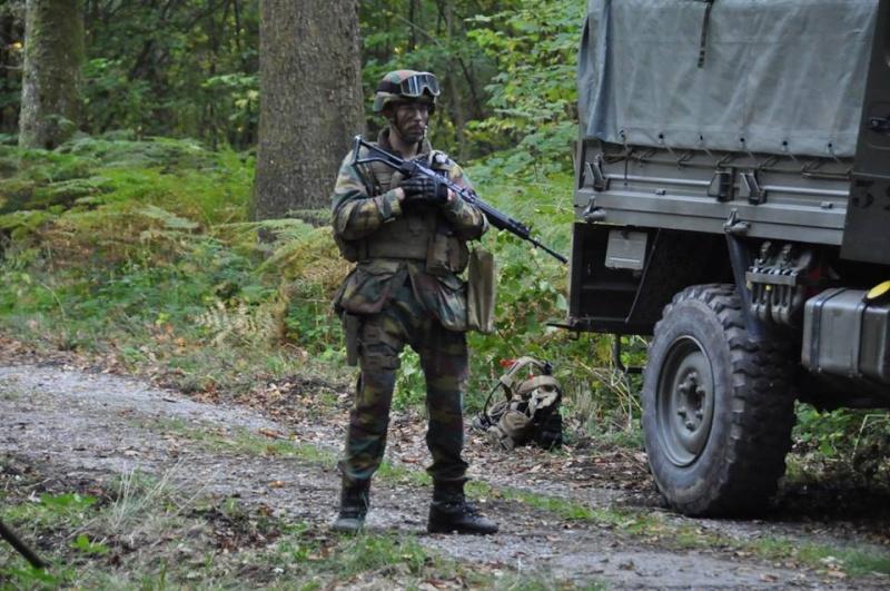 Armée Belge / Defensie van België / Belgian Army  - Page 38 7170