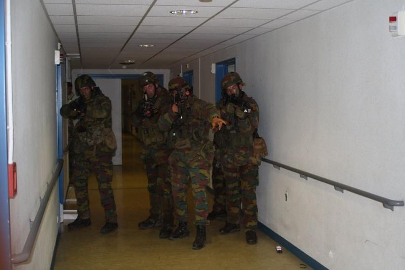 Armée Belge / Defensie van België / Belgian Army  - Page 37 759