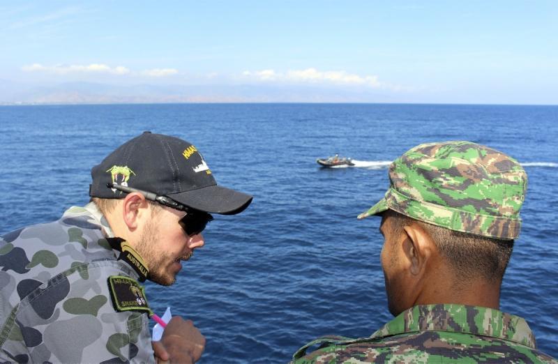 Force de défense du Timor oriental /  The East Timor defence force  815