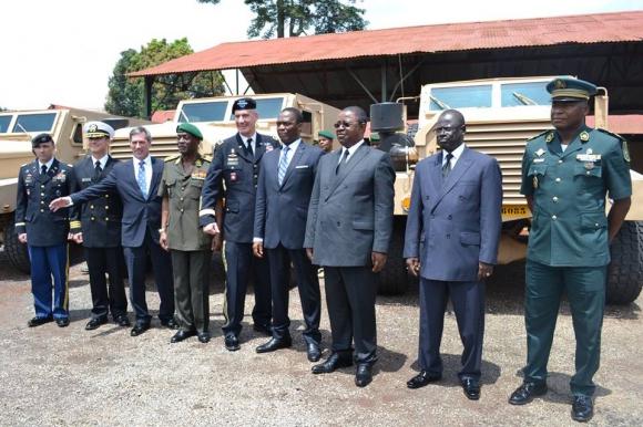 Forces Armées Camerounaises - Page 3 8161