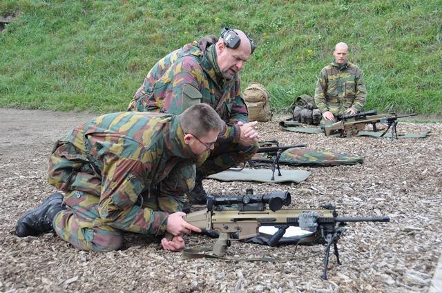 Armée Belge / Defensie van België / Belgian Army  - Page 38 8170