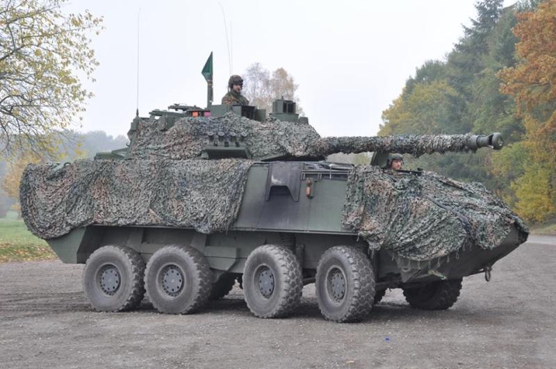 Armée Belge / Defensie van België / Belgian Army  - Page 38 8252