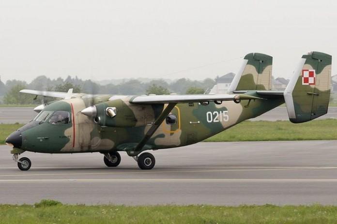 Avions de transport tactique/lourd - Page 5 8372