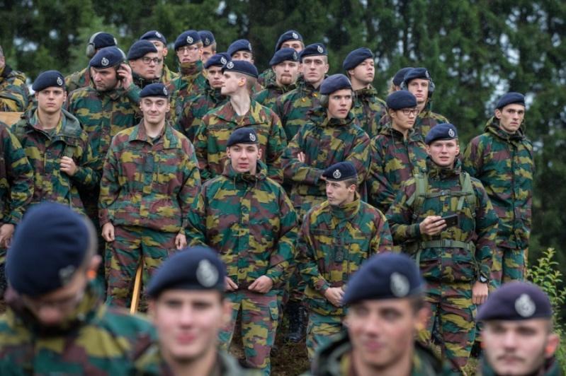 Armée Belge / Defensie van België / Belgian Army  - Page 37 872