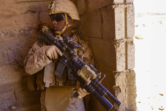 US Marine Corps (USMC) - Page 15 9120