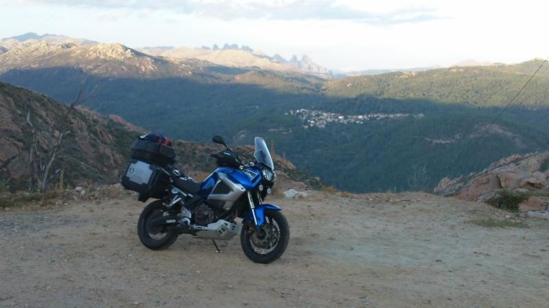 Vos plus belles photos de moto - Page 5 100_0310