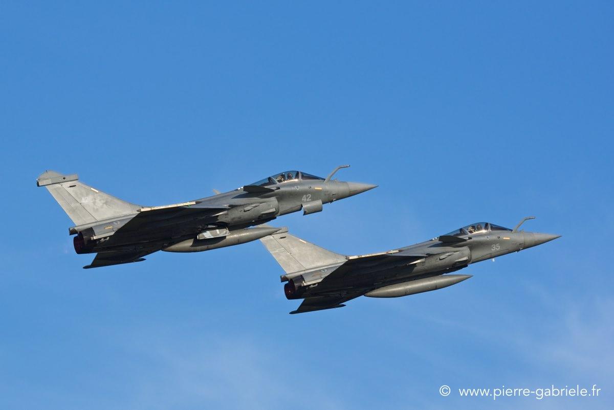 27 septembre: meeting aérien de Nimes - Page 2 Rafale17