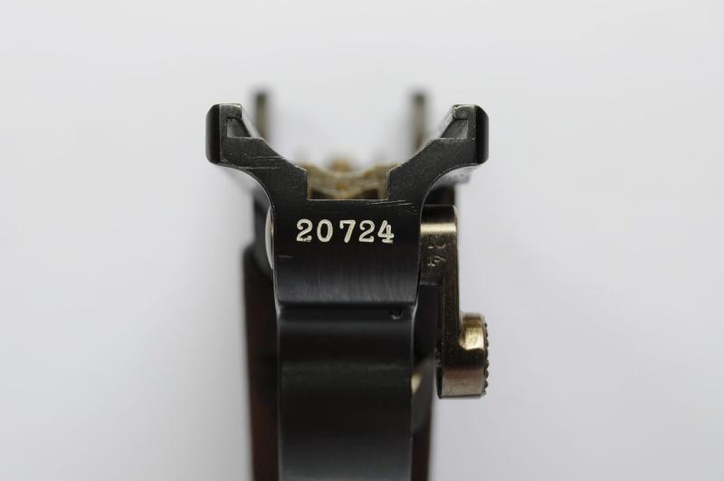 Un rare Parabellum Luger modèle 1900 bulgare. Dwm_1917