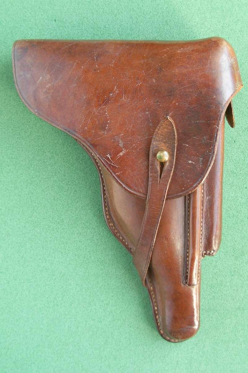 Les étuis en cuir pour les Luger bulgares 1900, 1906, 1908 et byf 42. Holste31