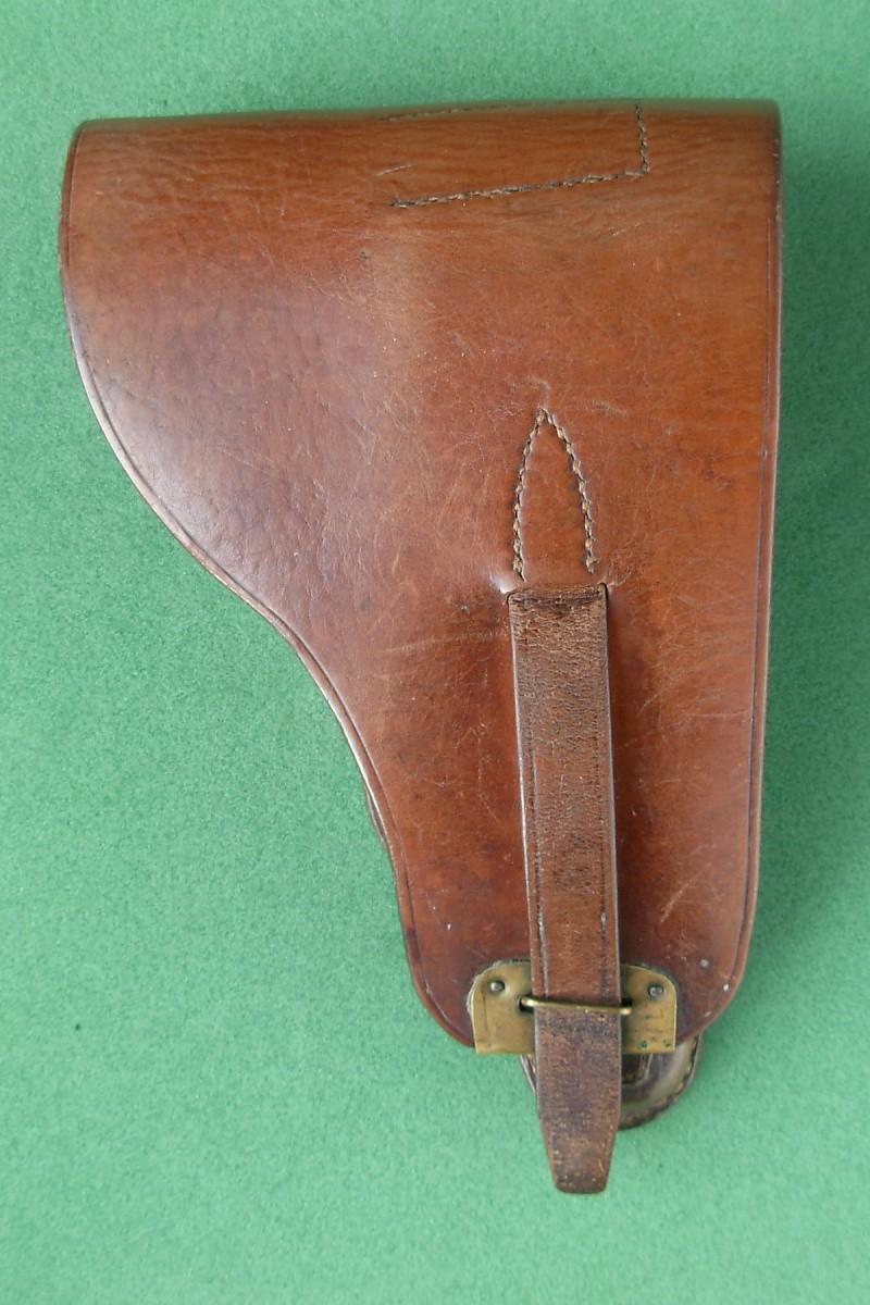 Les étuis en cuir pour les Luger bulgares 1900, 1906, 1908 et byf 42. Holste34