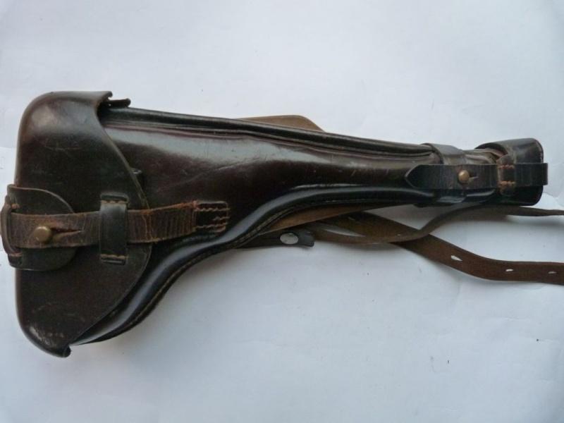 Les étuis cuir et autres pour les P 08 d'artillerie 1913-1946. Holste50