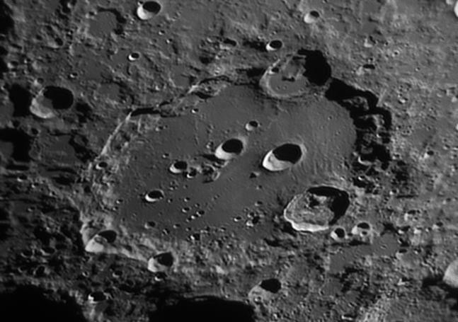 La Lune - Page 5 Claviu10