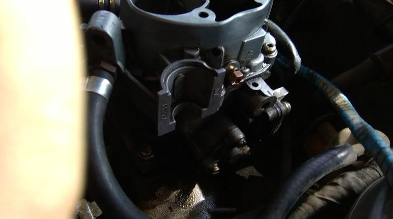 [ Peugeot 205 Cabriolet 1.4 85cv TU ] Difficulté a démarrer et odeur d'essence (résolu) Imag0111