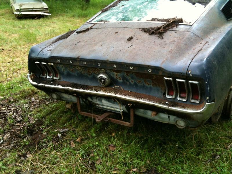 D'autre photos d'épave de Mustang 1967 1968 6710