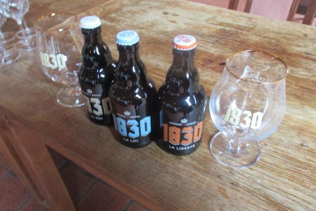 Bière 1830  brasserie La Binchoise  Belgique 183010