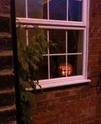 Hallowe'en. 13772810
