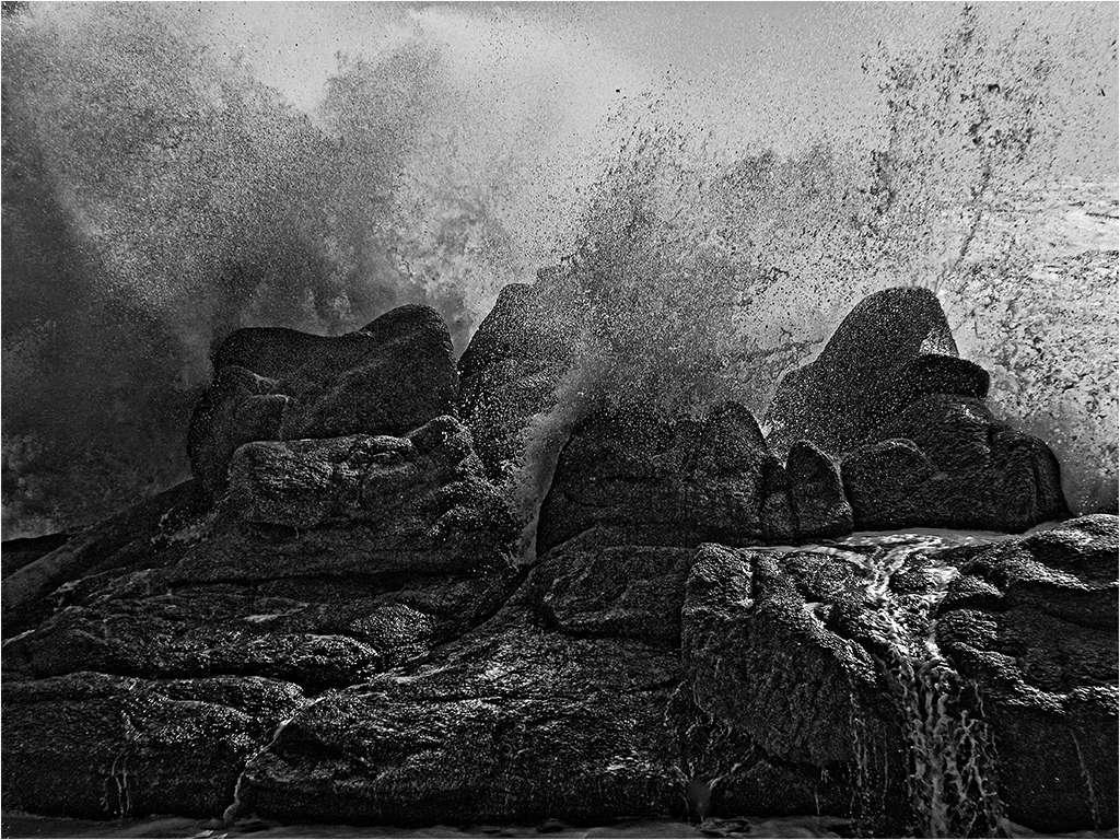 """"""" Le rocher submergé """"  + ajout en bas... M37_b011"""