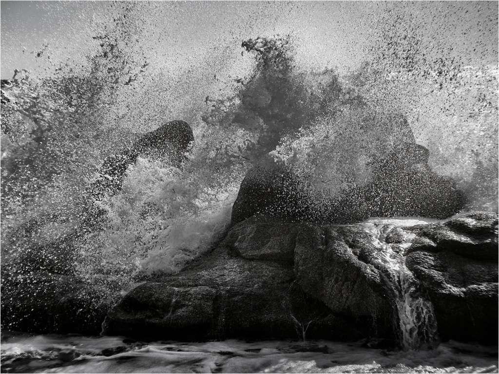 """"""" Le rocher submergé """"  + ajout en bas... Z90_b010"""