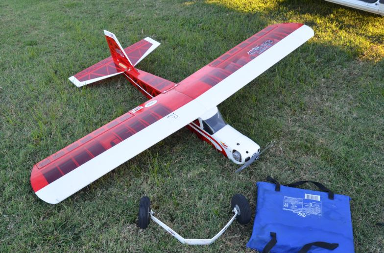 Dangling landing gear, model airplane parts falling from the sky, a big, cranky C-123 that just doesn't want to fly, and 3 successful flights on my rebuilt-rebuilt Super Ringmaster... 1_16
