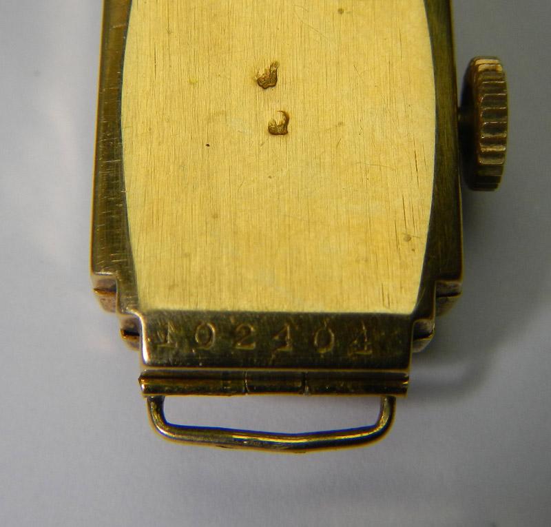 Enicar - [Postez ICI les demandes d'IDENTIFICATION et RENSEIGNEMENTS de vos montres] - Page 21 Dscn6410