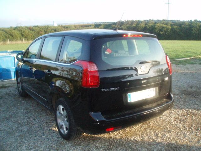 Peugeot 5008 1.6 HDi 112 FAP Business Pack 7 places  5008_a11