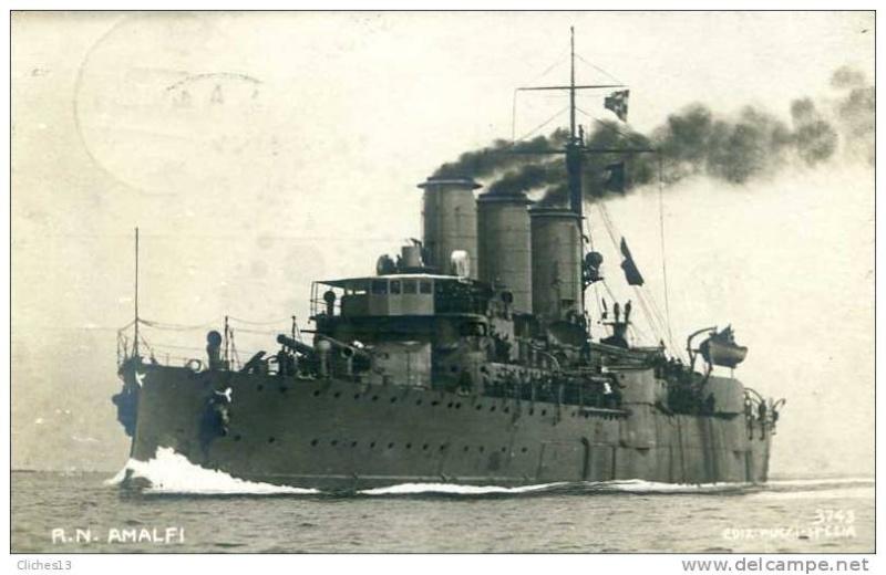 Croiseurs italiens Amalfi10