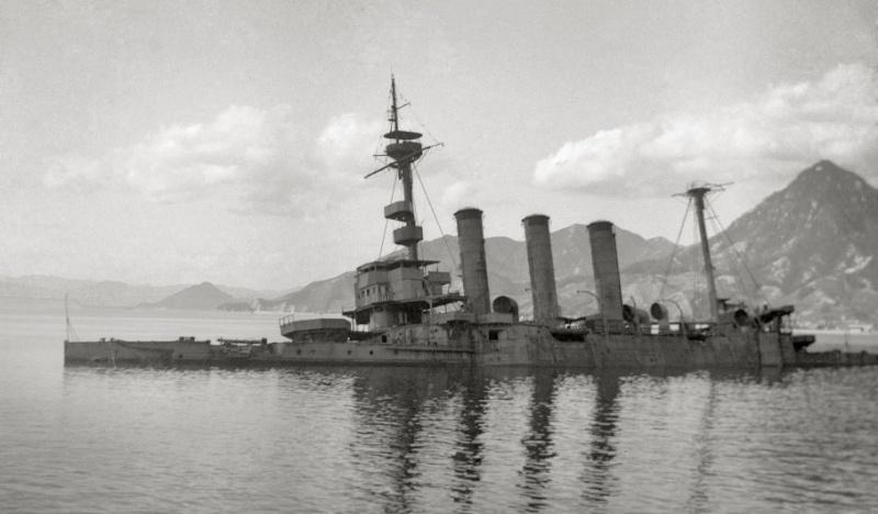 Croiseurs japonais - Page 2 Iwate_12