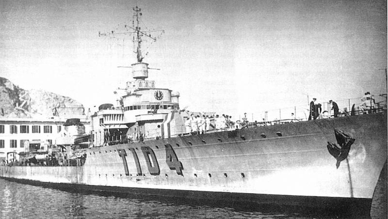 Les torpilleurs français Lansqu10