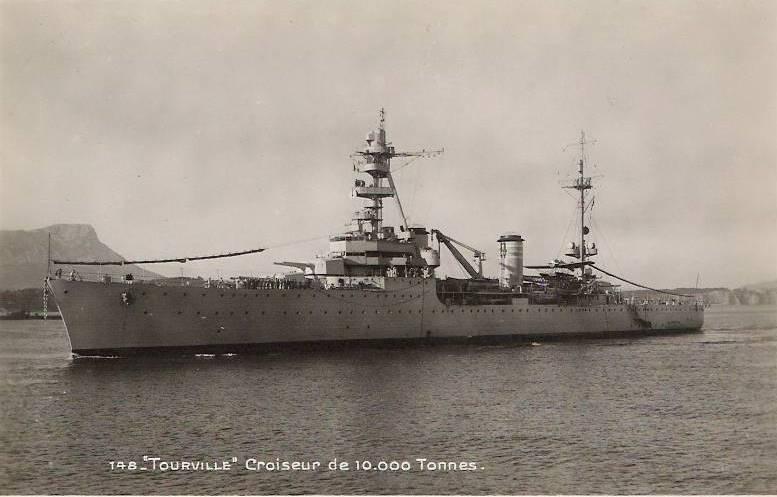 Croiseurs français  - Page 3 Tourvi10
