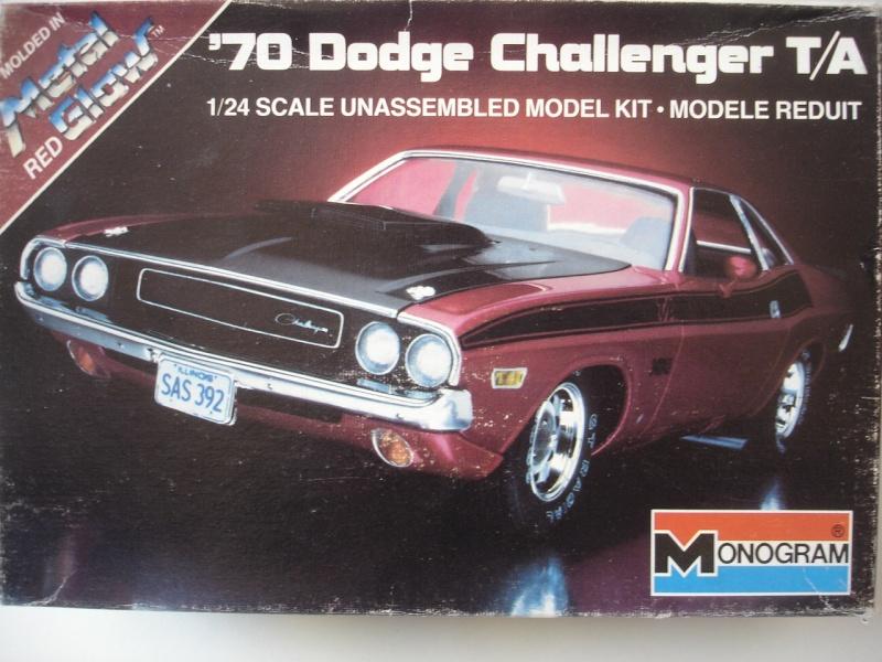 DODGE CHALLENGER '70 T/A Dsc09611
