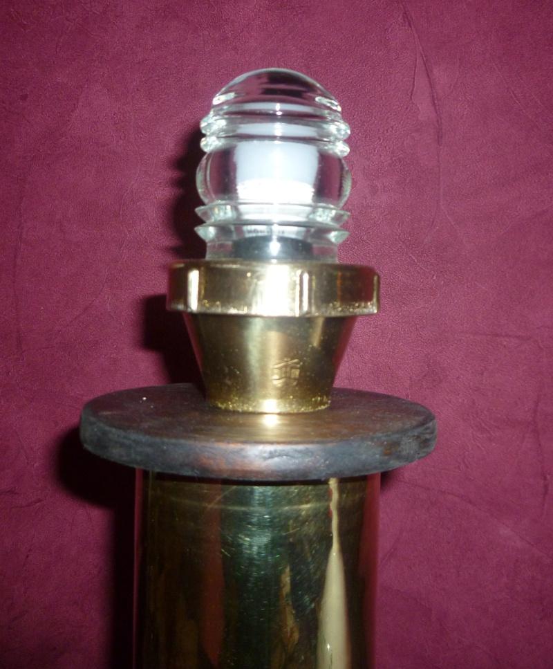 Quel est cette lampe Lampe_15