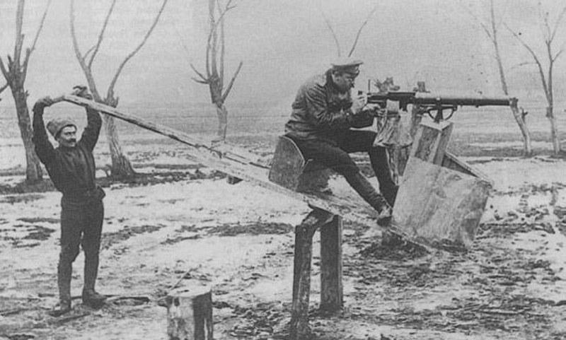 Französischer Flugsimulator 1918 - Diorama Maßstab 1:16 Simula14