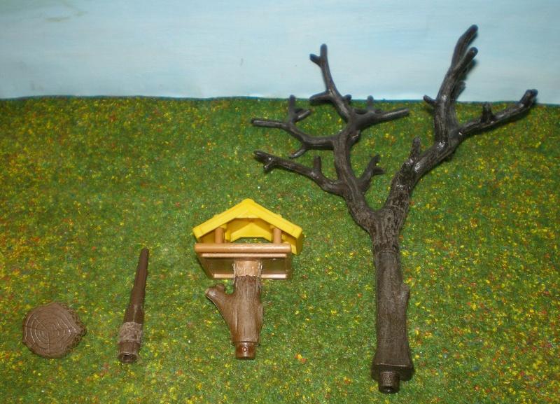 Weihnachtswelt mit PLAYMOBIL-Figuren und -Zubehör 001c1_11
