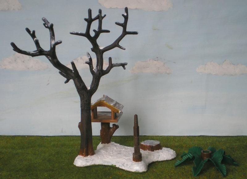 Weihnachtswelt mit PLAYMOBIL-Figuren und -Zubehör 001c3d10