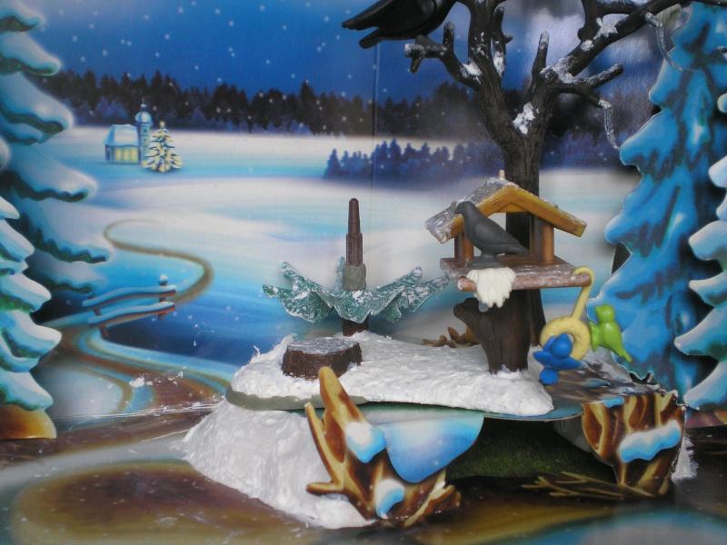 Weihnachtswelt mit PLAYMOBIL-Figuren und -Zubehör 001c3i10