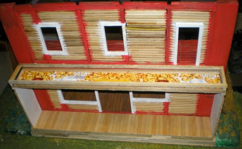 Bemalungen, Umbauten, Eigenbau - Gebäude mit Bodenplatten für meine Dioramen - Seite 2 003k2c10