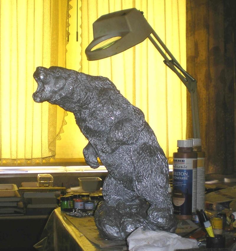 Grizzly-Dekofigur von 40 cm Höhe in eigener Bemalung 400_mm10