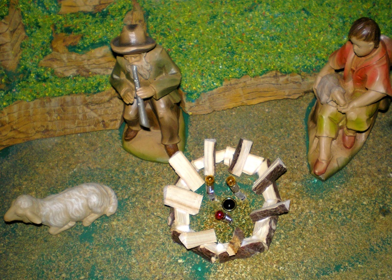 Krippen-Diorama zur Figurengröße 16 cm Krippe43