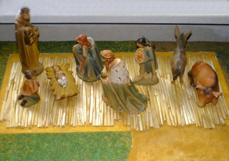 Krippen-Diorama zur Figurengröße 16 cm Krippe52