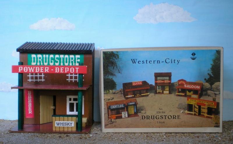 Wildwest-Gebäude aus Holz für Figuren von 54 bis 70 mm Vero_a11