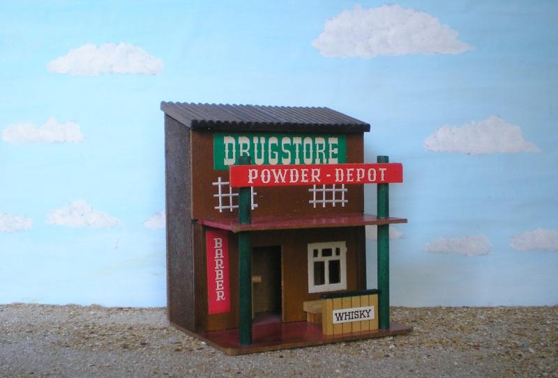 Wildwest-Gebäude aus Holz für Figuren von 54 bis 70 mm Vero_a20
