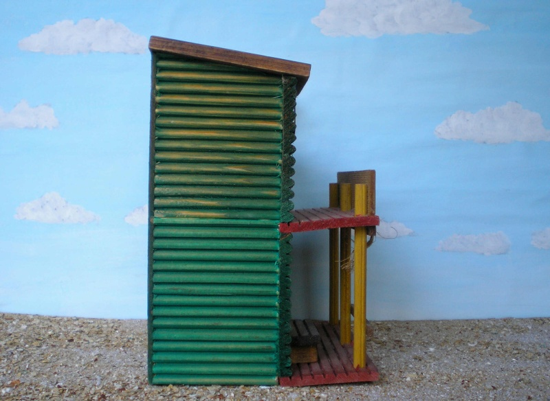 Wildwest-Gebäude aus Holz für Figuren von 54 bis 70 mm Vero_a29