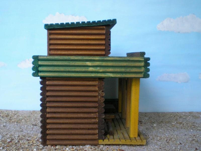 Wildwest-Gebäude aus Holz für Figuren von 54 bis 70 mm Vero_c18