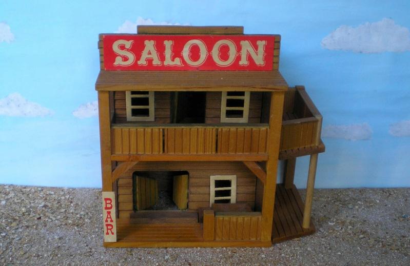 Wildwest-Gebäude aus Holz für Figuren von 54 bis 70 mm Vero_s10