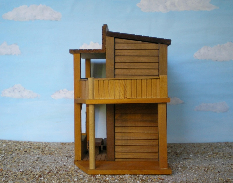 Wildwest-Gebäude aus Holz für Figuren von 54 bis 70 mm Vero_s14