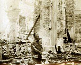 Người lính Phật Giáo cầu nguyện trong nhà thờ La Vang tháng 7 năm 1972 Nguoil11